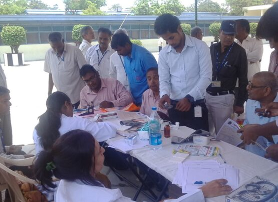 positive-homeopathy-doctors-at-diabetes-camp-ecil-1
